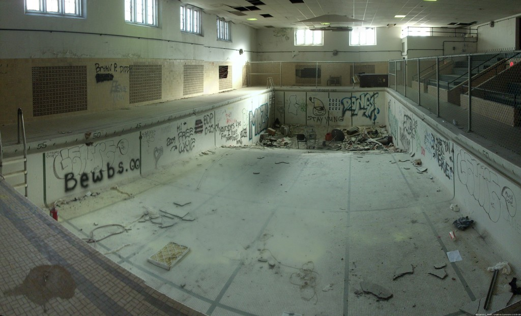 A panoramic shot of the pool at Pomerene Hall at Ohio State University